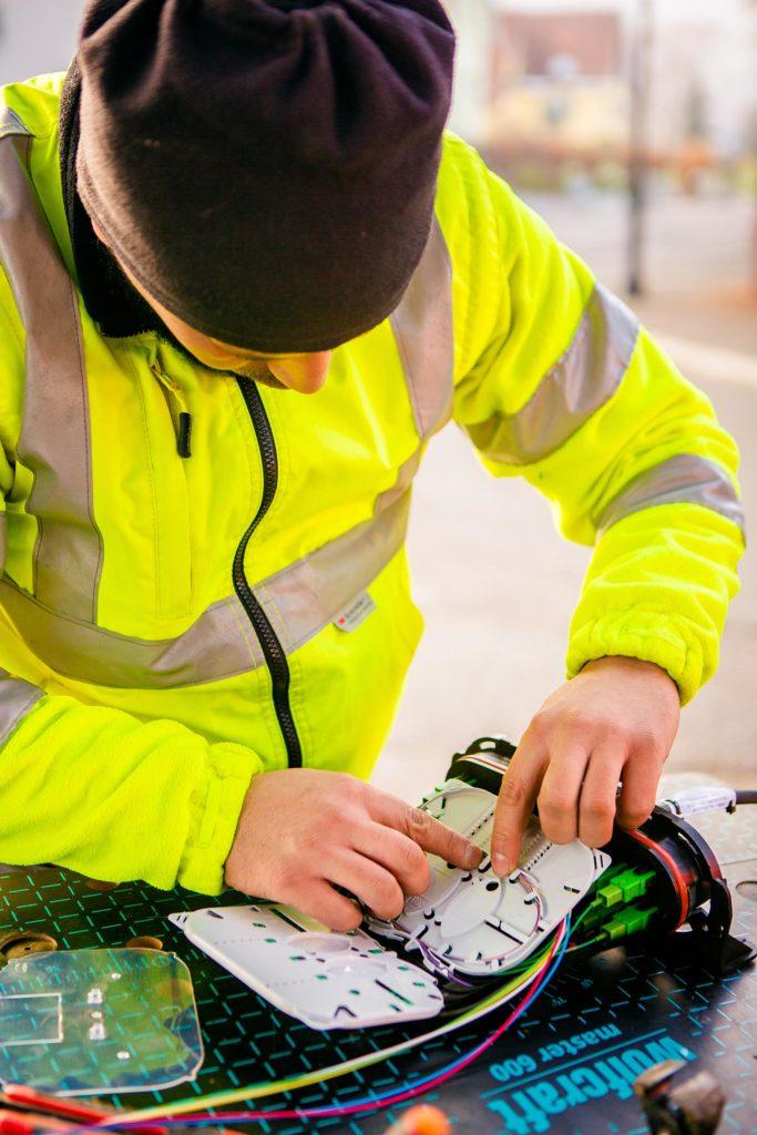 Smartfib-formation aux métiers de la fibre optique-Internet très haut débit